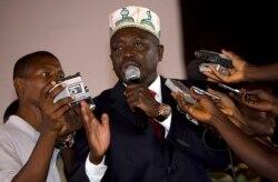 PM da Guiné-Bissau pede corte nas despesas