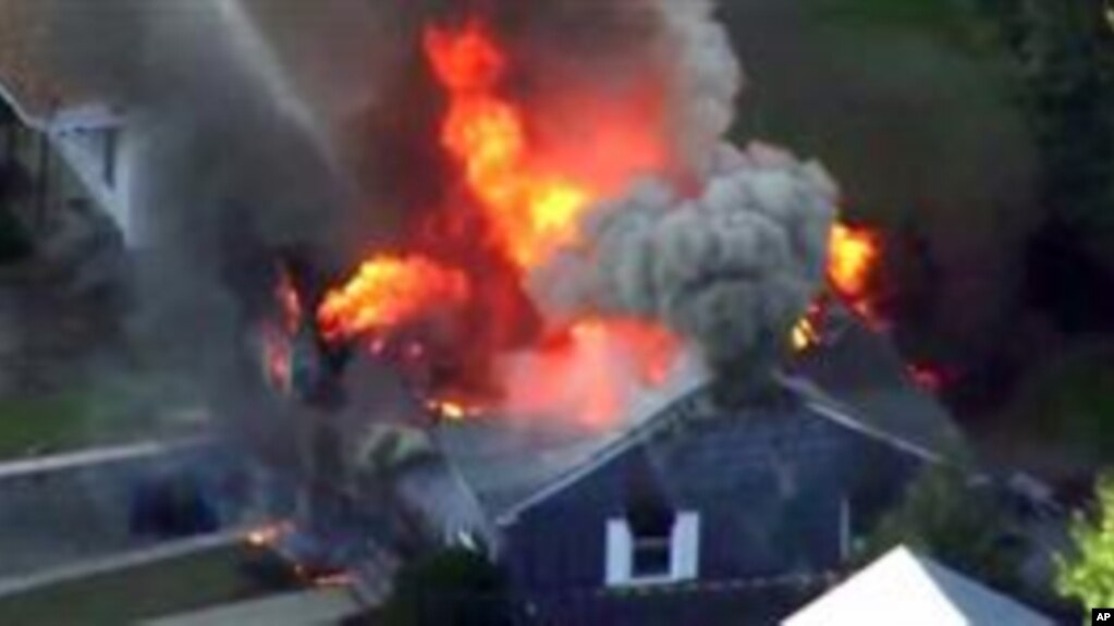 Más de 20 casas se han incendiado tras explosiones de gas en tres vecindarios al norte de Boston, Massachusetts. Septiembre 13 de 2018. (AP)