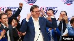 Slavlje posle izbora u SNS (Foto. Reuters/Marko Đurica)
