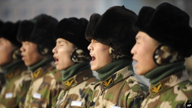 Chinese troops during training session (file photo)