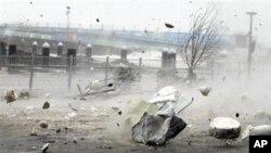 17일 태풍 산바의 영향으로 강한 비바람이 몰아치는 한국 여수의 해안가.