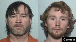 Los oficiales dijeron que aparentemente ambos hombres estaban tratando de huir cuando llegaron a la casa.