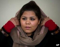 Vajma Firog', faol ayollardan biri, hukumatni ogohlikka chaqirmoqda