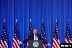 Donald Trump Osaka'da basın toplantısında
