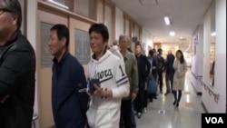 南韓人排隊投票