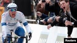 Pebalap sepeda team Argos-Shimano, Marcel Kittel asal Jerman berhasil menjuarai etape ke-12 Tour de France, Kamis 11/7 (foto: dok).