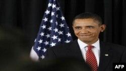 تغيير سياست اقتصادی دولت اوباما از ارايه وام به موسسات مالی عمده به بانک های کوچک