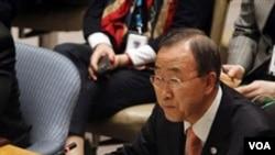Sekjen PBB Ban Ki-moon berbicara dalam sidang DK PBB guna membahas kemungkinan sanksi atas Moammar Gaddafi, Sabtu (25/2).