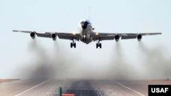 """美国空军WC135""""不死凤凰""""核侦察机(图片来源:U.S. Air Force)"""