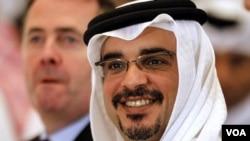 Putra Mahkota Bahrain Pangeran Salman bin Hamad al-Khalifa menunda penyelenggaraan GP Bahrain 13 Maret lalu karena krisis politik di negaranya. (foto dok)