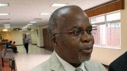 Okwethulwe NguDokotela Paulinus Sikosana
