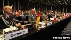 한국 서울에서 8일 열린 서울안보대화에 참석한 각국 대표들.