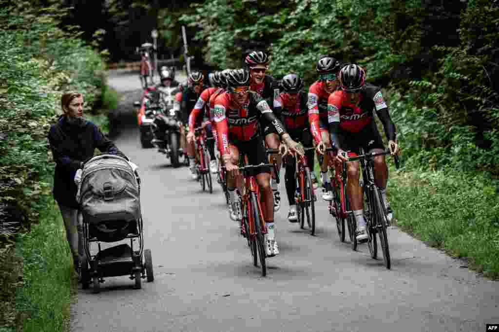 Cyclists of the USA's BMC Racing cycling team ride during a training session in Dusseldorf, Germany, one day before the start of the 104th edition of the Tour de France cycling race. The 2017 Tour de France will start July 1 in the streets of Dusseldorf and ends July 23, 2017 down the Champs-Elysees in Paris.