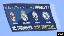 """La publicidad anuncia lo que se viene, """"Nada de amistosos, sólo fútbol"""", eso es lo que proponen esta noche el Real Madrid y el Chelsea."""