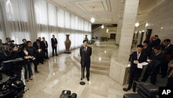 翟雋在大馬士革對媒體發表講話。