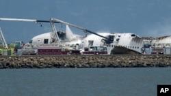 韩亚航空公司波音777型客机旧金山国际机场降落时起火解体
