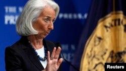 Christine Lagarde, directora del Fondo Monetario Internacional. El FMI predice un avance más rápido de la economía.