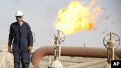 آرشیف: استخراخ نفت
