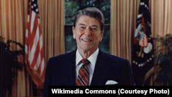 លោកប្រធានាធិបតី Ronald Reagan ពេលឈ្នះឆ្នោតជាប្រធានាធិបតី។