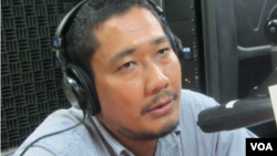 Long Panhavuth, a program officer at the Open Society Justice Initiative. (Photo: Lim Sothy/VOA Khmer)