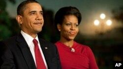 صدر اوباما اور خاتون اول کی انتخابی مہم پر روانگی