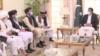 """عمران خان: با هیات""""کمیسیون سیاسی طالبان"""" ملاقات کردم"""