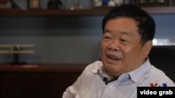 VOA專訪中國玻璃大王曹德旺