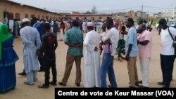 Reportage de Seydina Aba Gueye sur les cartes électorales au Sénégal