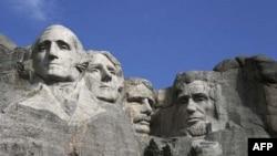 """Ngọn núi các Tổng Thống"""" ở Rushmore"""