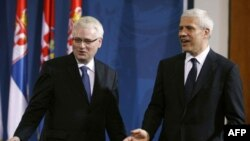 Presidents of Croatia and Serbia, Ivo Josipović and Boris Tadić.