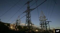 """Víctor Poleo afirma que las plantas cubanas son """"ineficientes"""" para asumir la demanda de electricidad de Venezuela."""