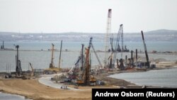 Constraction of bridge across the Kerch Strait to Crimea