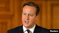 Thủ tướng Anh David Cameron tuyên bố với giới truyền thông sau vụ sát hại nhân viên cứu trợ David Haines, ngày 14/9/2014. Ông Cameron nói thêm rằng nước Anh phải loại trừ mối đe dọa của Nhà nước Hồi giáo.
