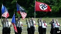 Члены «Национал-социалистического движения США» (NSM USA)