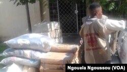 Caritas Congo, une organisation humanitaire de l'église catholique collecte des dons.