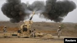 沙特軍方從邊界接壤處炮轟也門胡塞據點