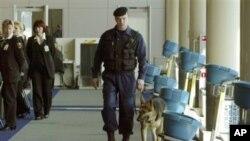 襲擊發生後俄羅斯的機場和火車站加強保安
