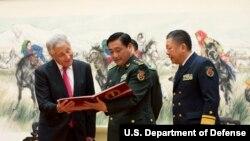 美国国防部长哈格尔访问中国