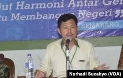 Najahan Musyafak, Ketua Forum Koordinasi Pencegahan Terorisme (FKPT) Jawa Tengah. (VOA/Nurhadi Sucahyo)