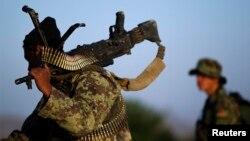 مقامهای افغان میگویند که دهها جنگجوی داعش و طالب در ننگرهار از پا در آمده اند