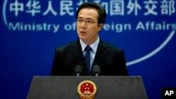 Jurubicara Kementerian Luar Negeri China, Hong Lei mendesak Pyongyang membebaskan nelayan China (foto: dok).