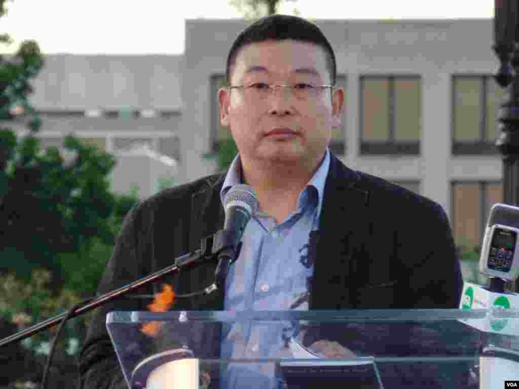 Remember June Fourth commemoration speaker Yang Jianli, founder of human rights organization Initiatives for China, Washington, DC, June 1, 2014. (Zhi Yuan/VOA)
