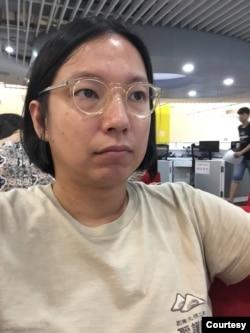 香港时事评论员梁启智