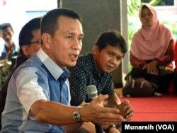 Ketua Komisi Yudisial, Suparman Marzuki di kantor Institute for Research And Empowerment (IRE), Yogyakarta, Kamis, 19 Februari 2015. (Foto: dok).
