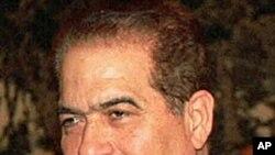 埃及臨時總理卡邁勒.詹祖里(資料圖片)