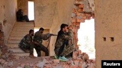 Бійці Курдських загонів народної самооборони