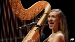 Joanna Newsom during a concert last year