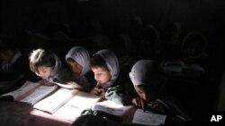 ۴۰ در صد بیشتر از ۹ میلیون شاگردان افغان، اناث اند