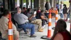 时事大家谈:美国纾困方案为民众带来哪些帮助?