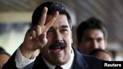 """El presidente Nicolás Maduró ha ordenado una revisión """"integral"""" de las relaciones con Estados Unidos debido a un supuesto espionaje de la NSA a PDVSA."""